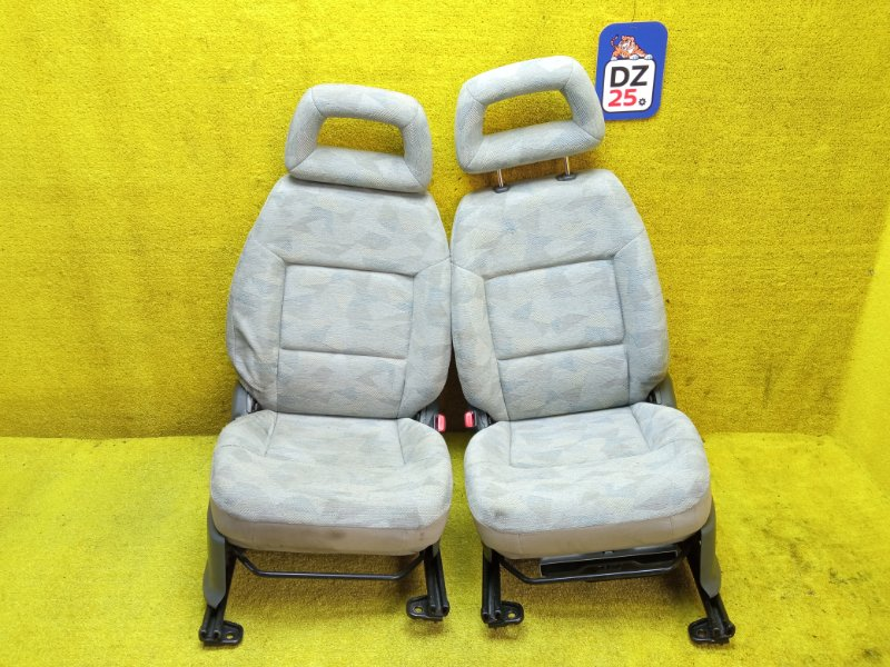 Сидение переднее правое SUZUKI JIMNY 1999 JB33W G13B контрактная