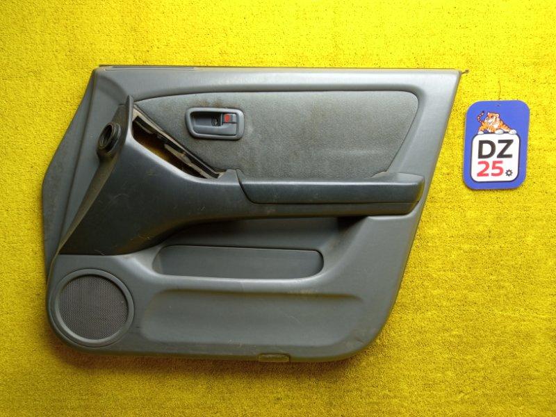 Обшивка дверей передняя правая HARRIER 1999 ACU10 5SFE