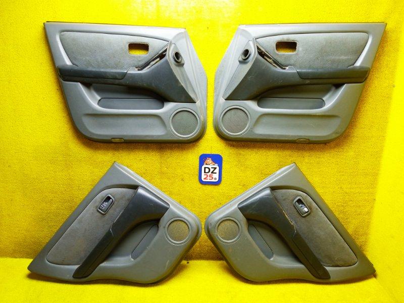 Обшивка дверей задняя правая TOYOTA HARRIER 1999 ACU10 5SFE 6763048010E0 контрактная