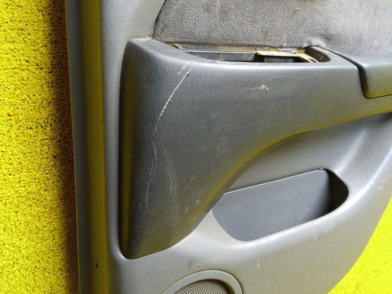 Обшивка дверей задняя правая HARRIER 1999 ACU10 5SFE