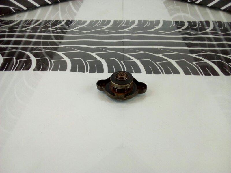 Крышка радиатора Carina ST170 4S-FE