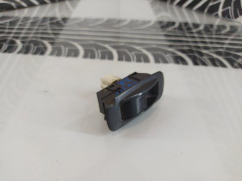 Кнопка стеклоподъемника задняя правая Corolla AE100 5A-FE