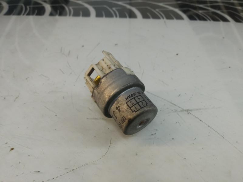 Реле Toyota Sprinter Carib AE95 4A-FE 90987-02004 Б/У