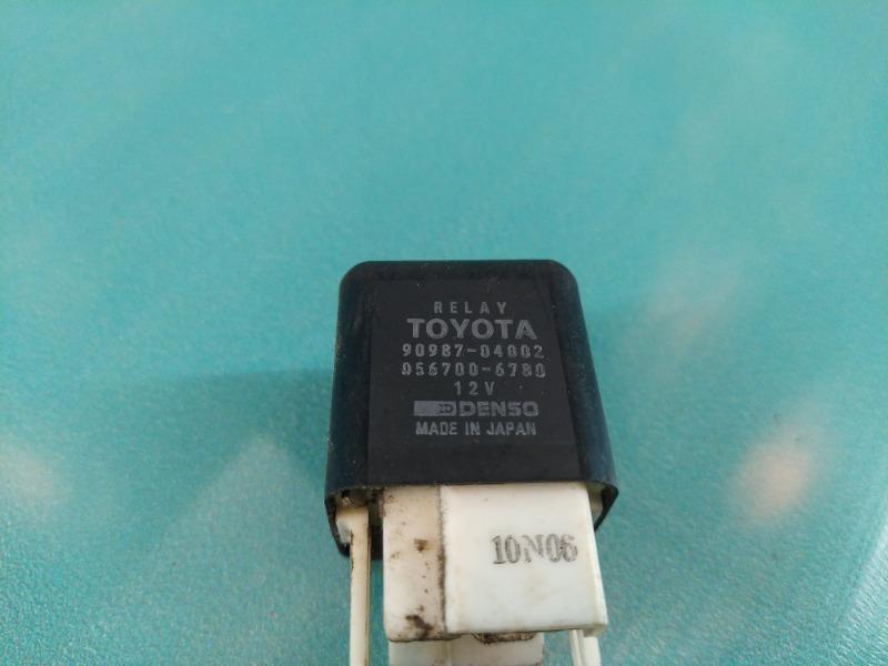 Реле Toyota Corolla AE100 5A-FE