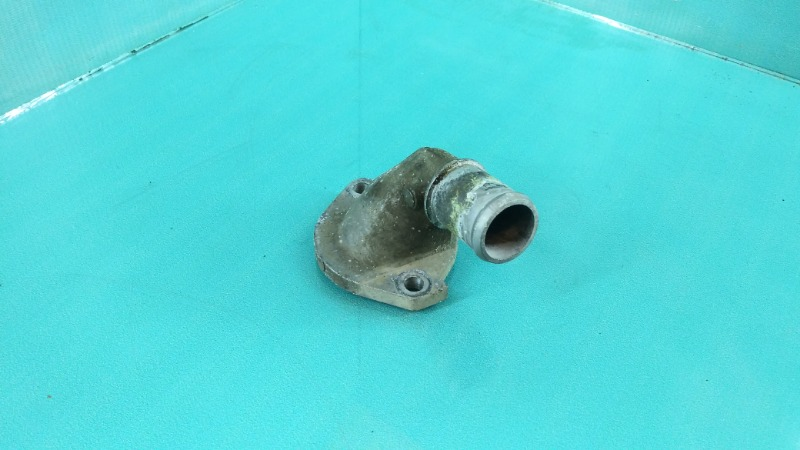 Крышка термостата Mazda 323 FP Б/У