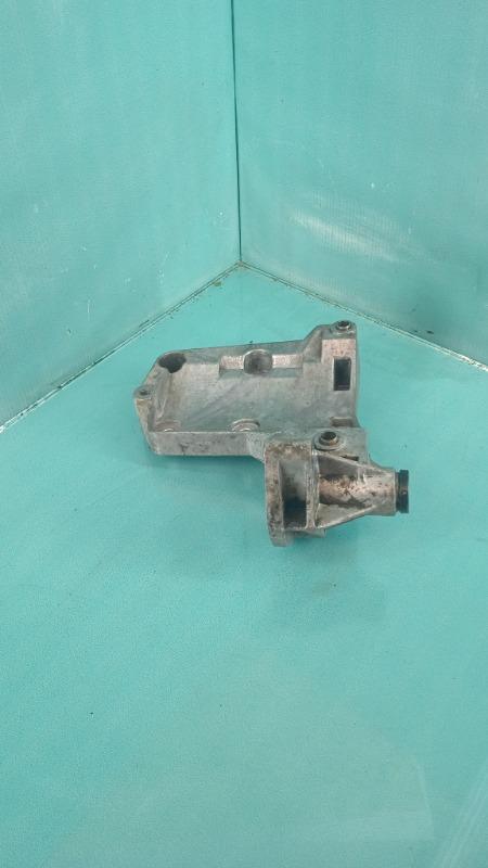 Кронштейн компрессора кондиционера 3-Series  M57D30T
