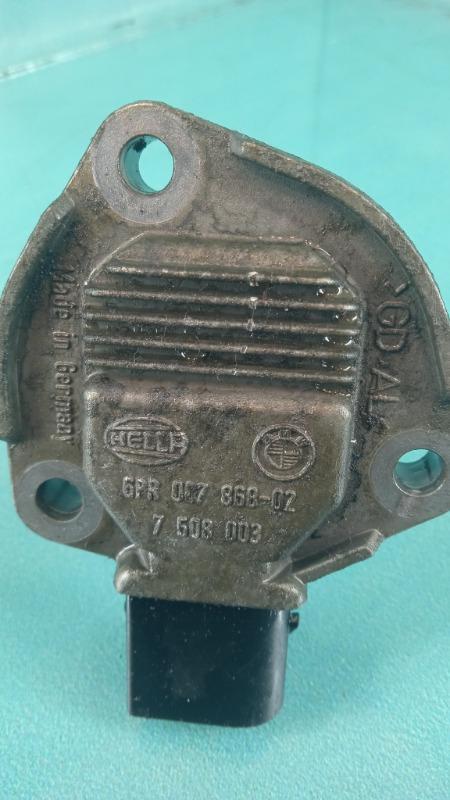 Датчик уровня масла в двигателе 3-Series  M57D30T
