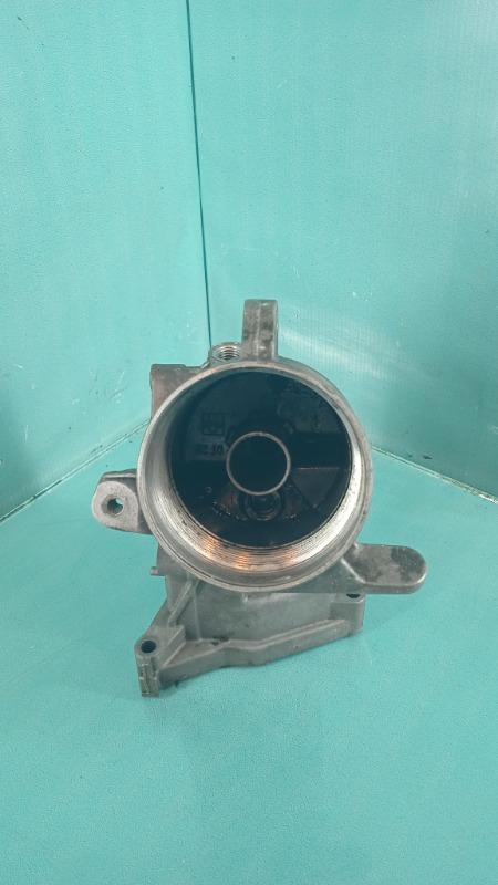 Крепление масляного фильтра BMW 3-Series  M57D30T Б/У