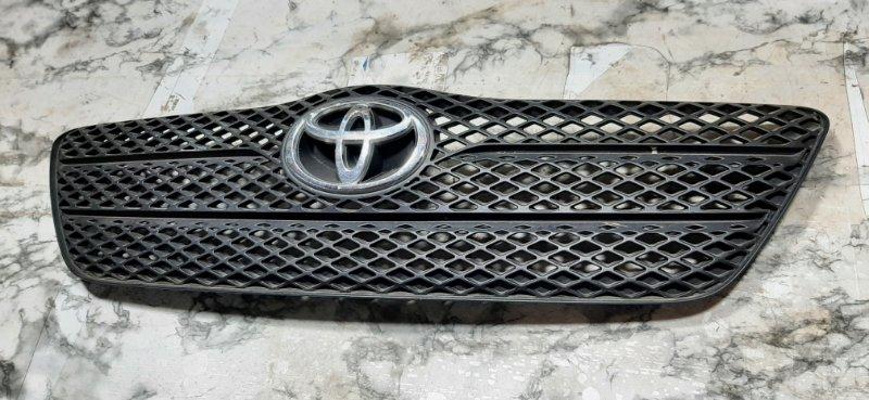 Решетка радиатора Toyota Corolla 2003 E120 5311102150 Б/У