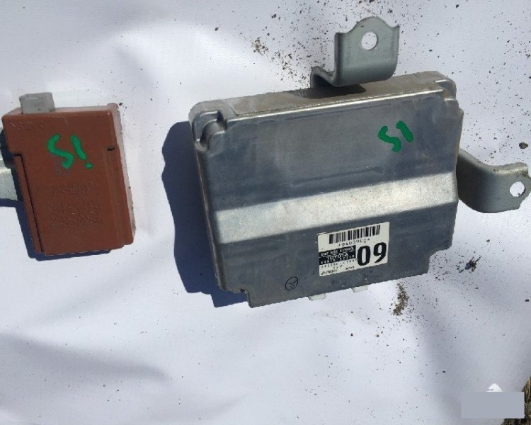 Электронный блок LEXUS IS250 GSE20 4GRFE Б/У