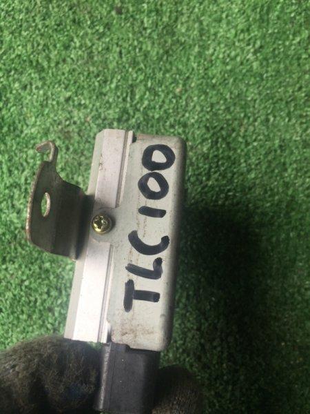 Блок управления топливным насосом TOYOTA LAND CRUISER UZJ100 2UZFE