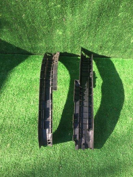 Порожек пластиковый задний левый Aqua 2012 Nhp-10 1NZFXE