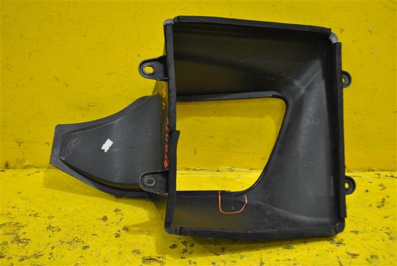 Воздуховод радиатора передний правый Levante 2016-