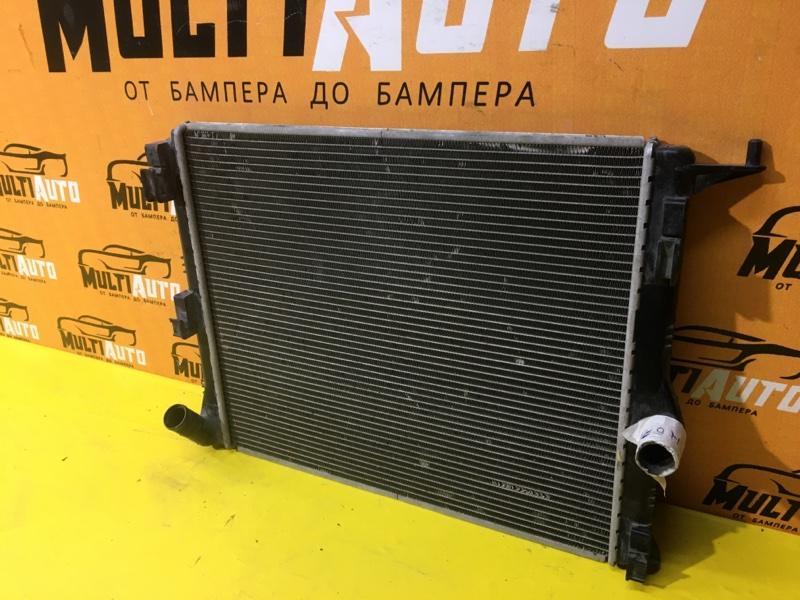 Радиатор охлаждения двигателя Renault Logan 1