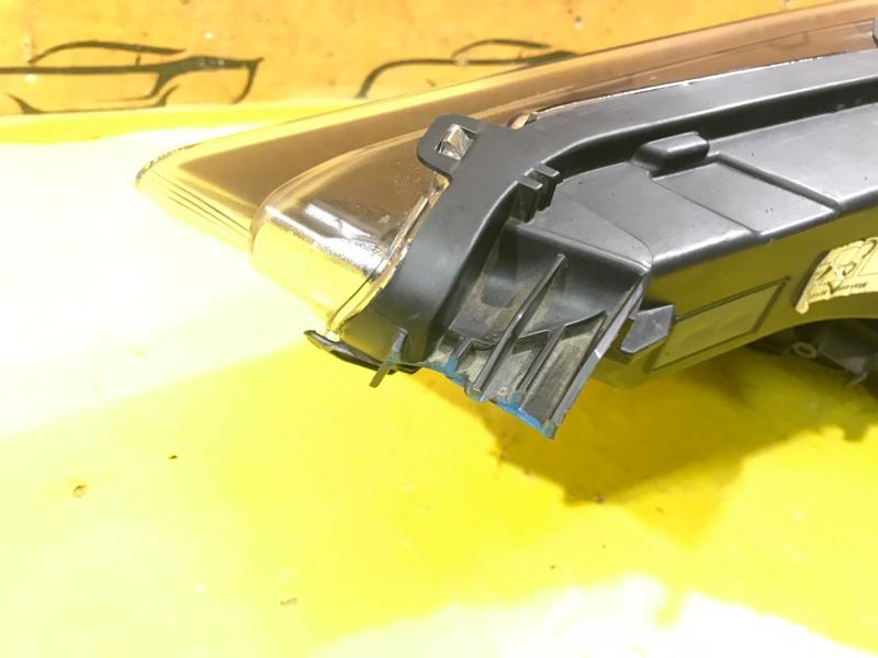Фара передняя правая Maserati Levante