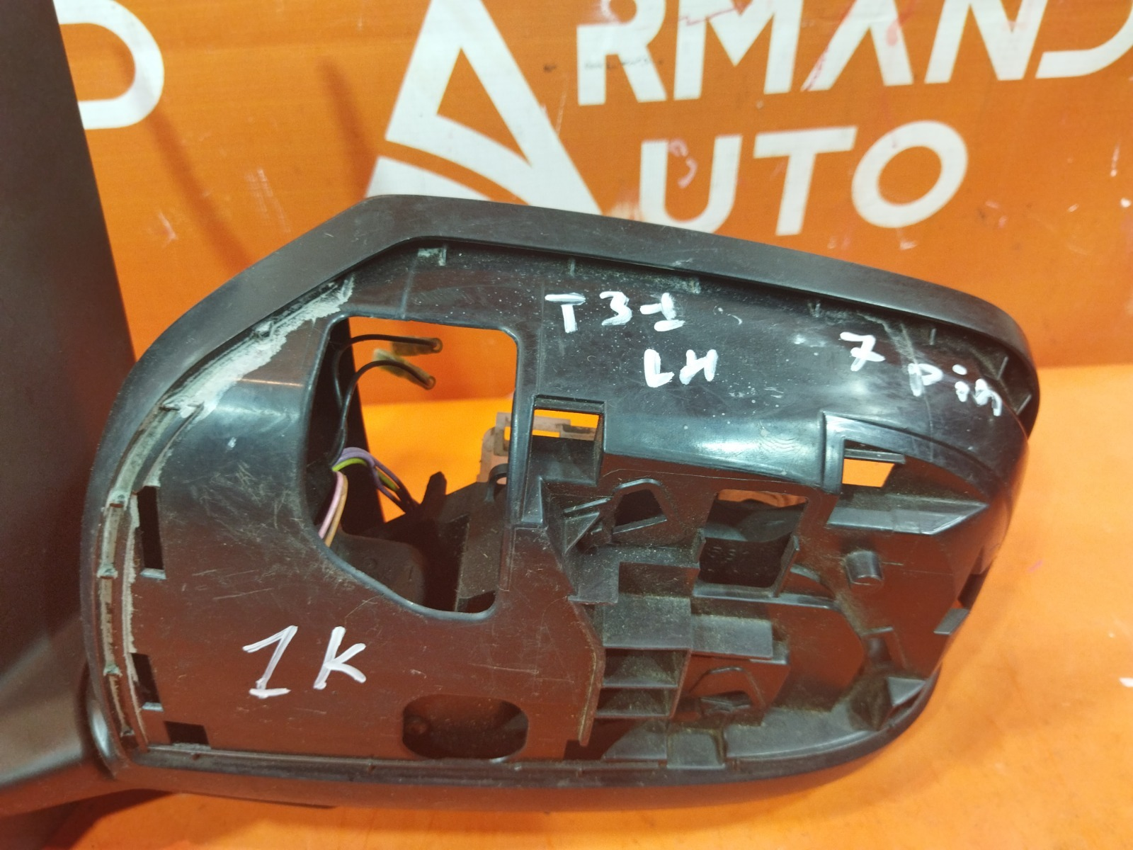 Зеркало левое X-Trail 2007-2015 2 T31