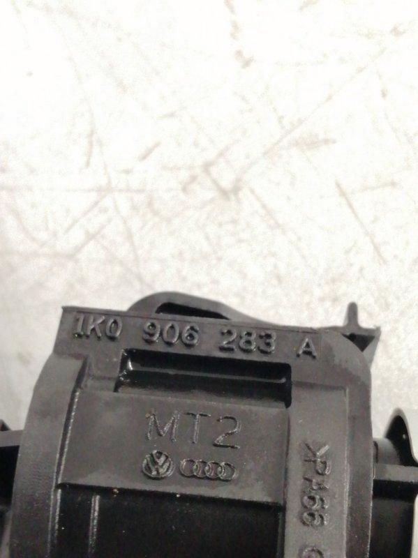 Вакуумный клапан Volkswagen Touareg 7P5 CMTA