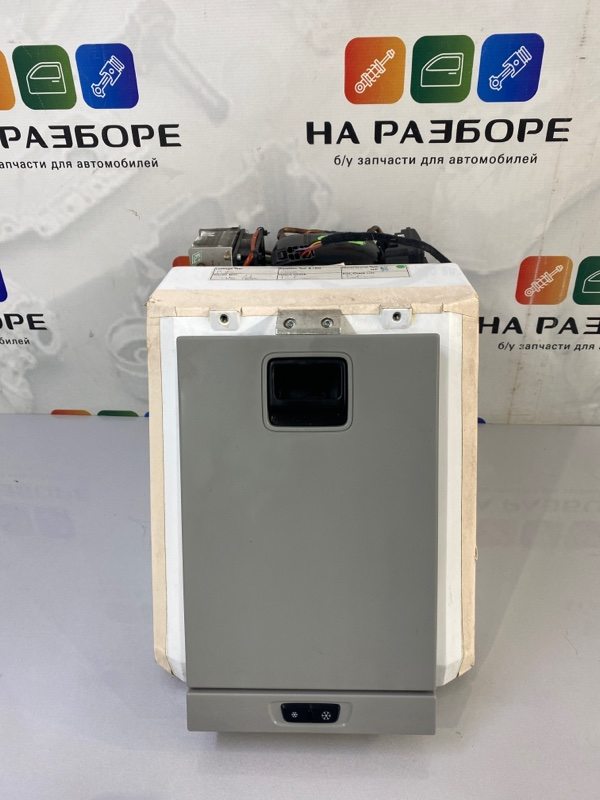 Холодильник AUDI A8 D4 4H0862879C Б/У