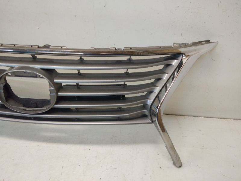 Решетка радиатора передняя RX 2012-2015 3