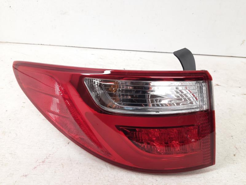 Фонарь задний левый Hyundai Santa Fe 2012-2015 3 92401B8170 Б/У