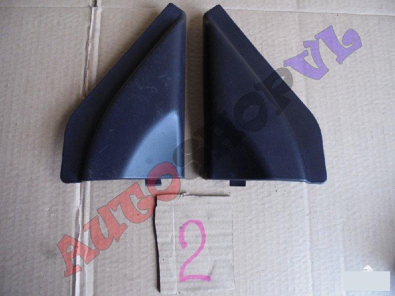 Накладка на дверь передняя SUZUKI JIMNY JB33W 84750-81A00-5PK контрактная