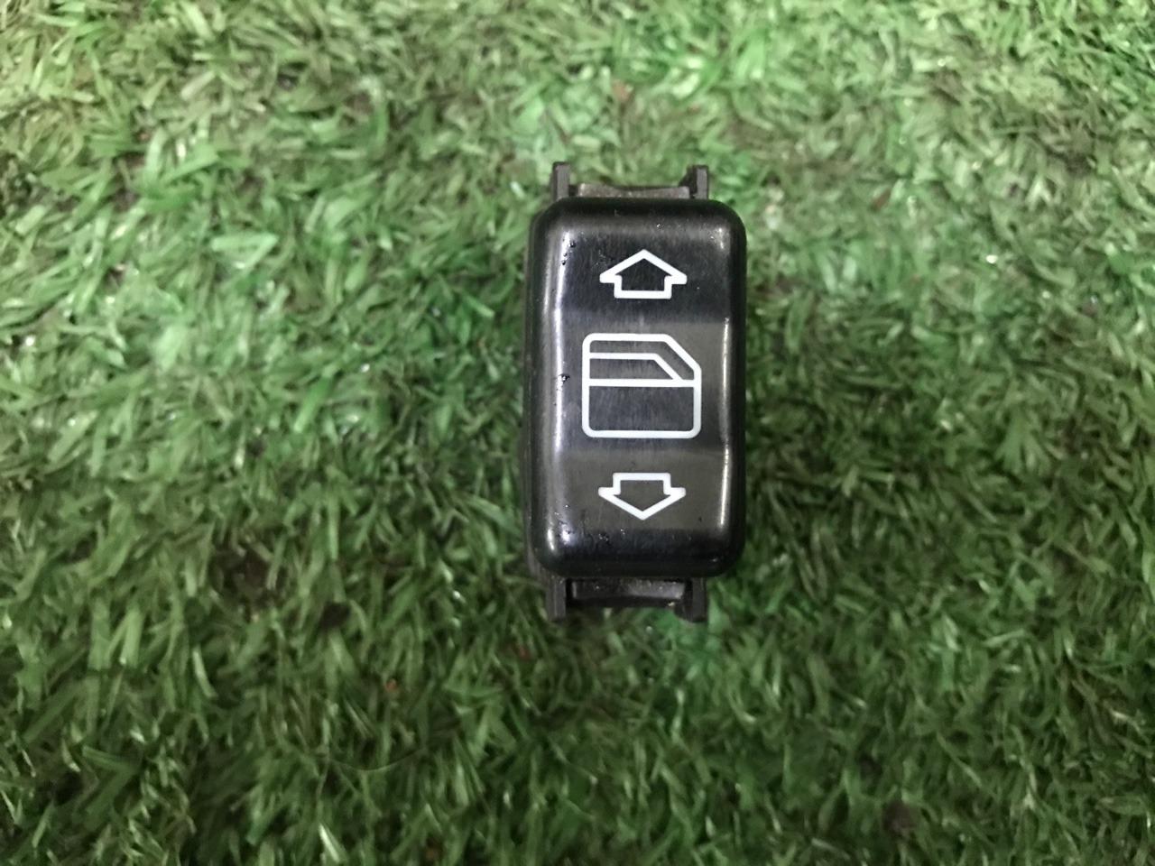 Кнопка стеклоподъемника Mercedes-Benz S-Class W140 A1408202210 контрактная