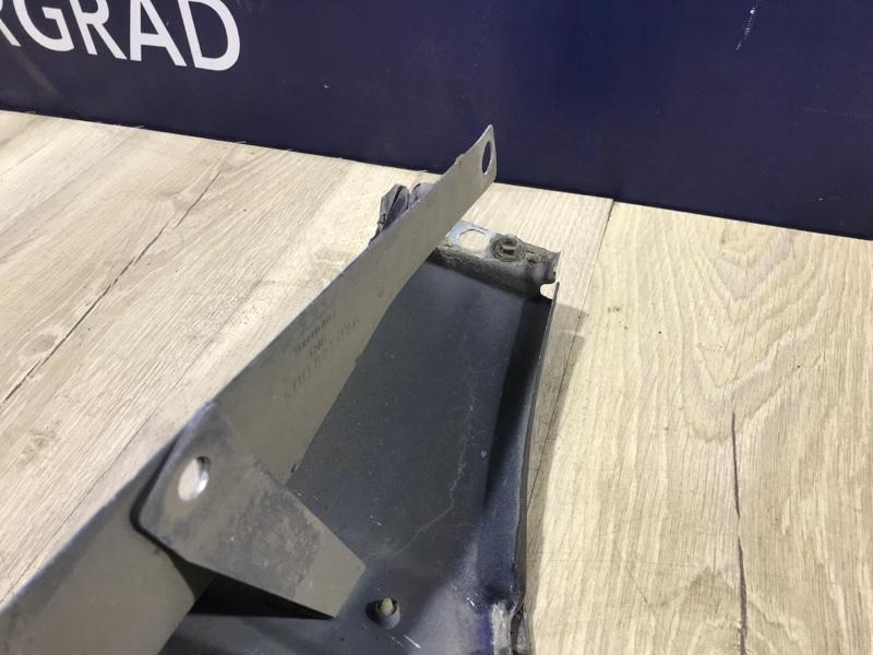 Крыло переднее правое A8D2 1999 4.2