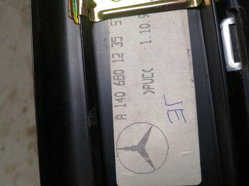 Накладка порога внутренняя передняя правая Mercedes-Benz S-Class w140 M120