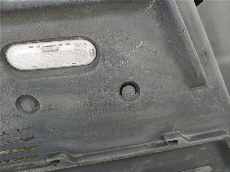 Обшивка багажника левая Citan 2013 W415 OM607