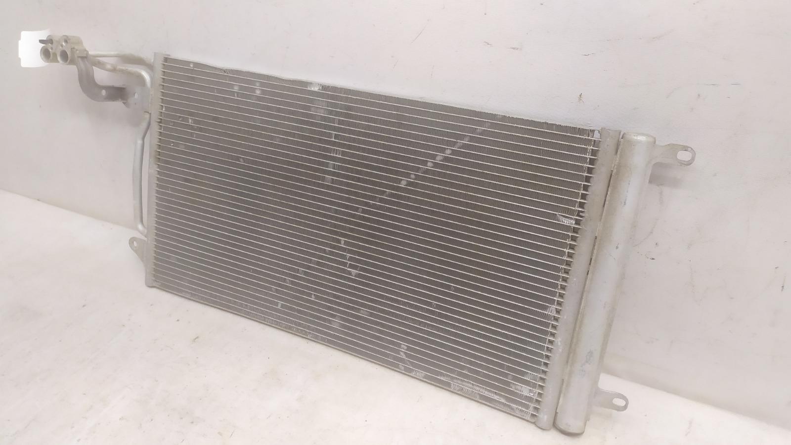 Радиатор кондиционера Volkswagen Polo MK5