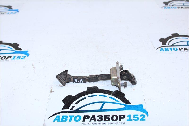 Ограничитель двери задний левый MAZDA 3 2003-2008 BK LF BP4K72270D контрактная