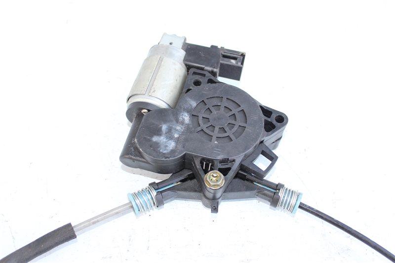 Стеклоподъемник передний правый MAZDA 3 BK LF