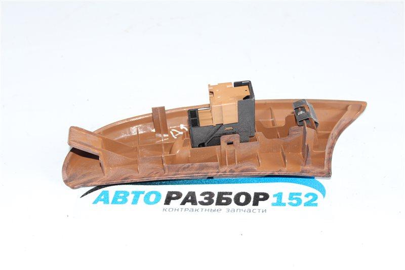 Кнопка стеклоподъекника задняя правая Nissan Cefiro a33 VQ20DE