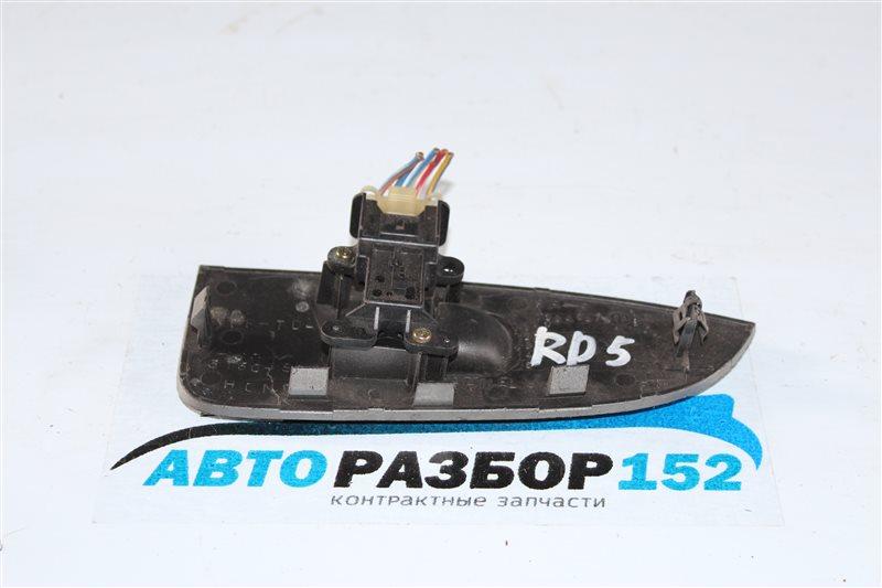 Кнопка стеклоподъекника задняя правая Honda CR-V RD5 K20A