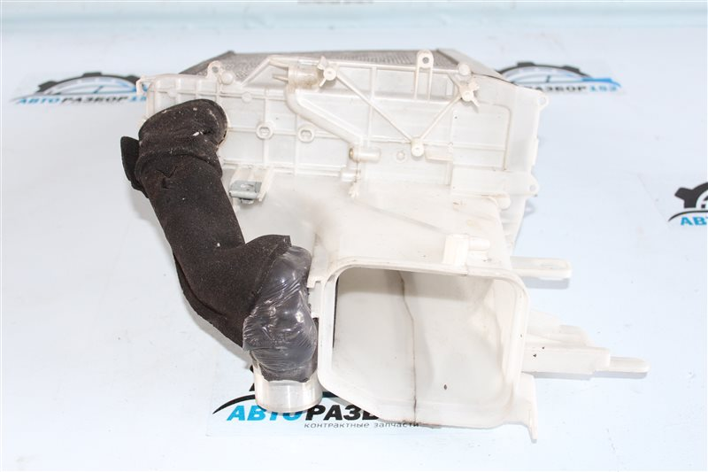 Испаритель кондиционера TOYOTA Mark 2 GX110 1G-FE