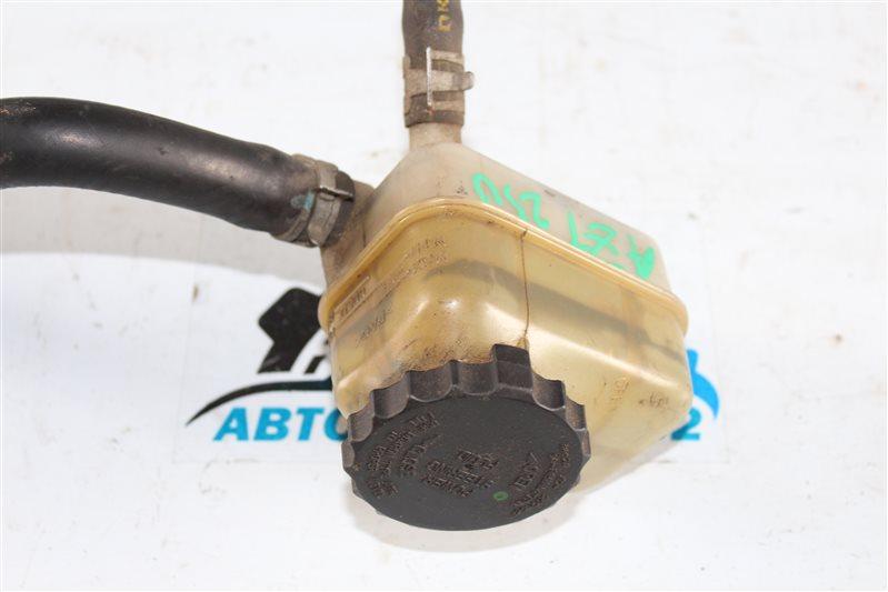Бачок гур Avensis 2003-2008 AZT250 1AZFSE