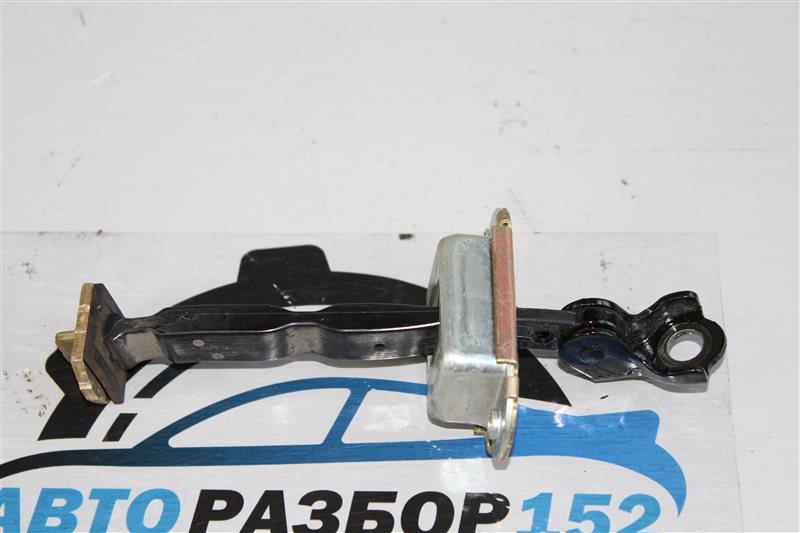 Ограничитель двери задний правый Teana 2003-2007 J31 VQ23DE