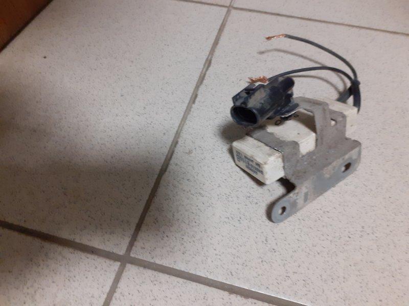 Резистор вентилятора охлаждения Yaris 2SZFE