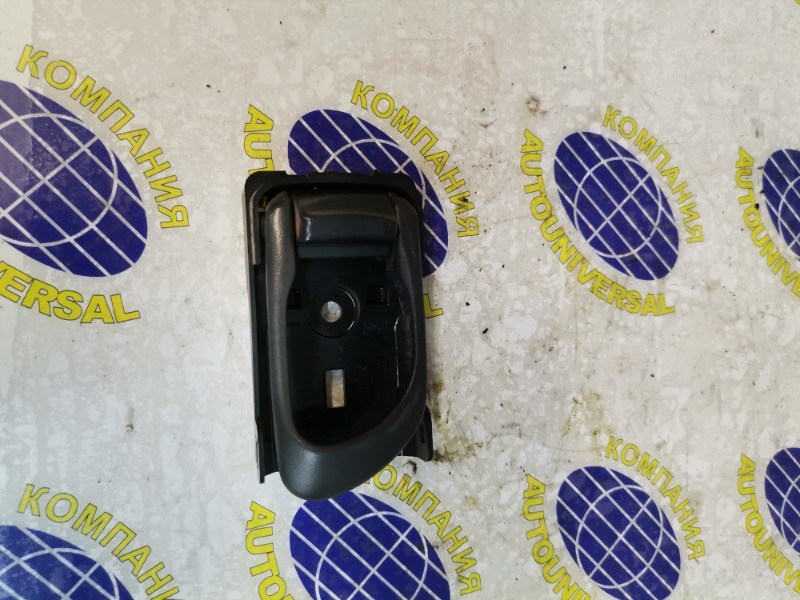 Ручка двери внутренняя задняя правая Subaru Forester 2001 SF5 EJ205 контрактная