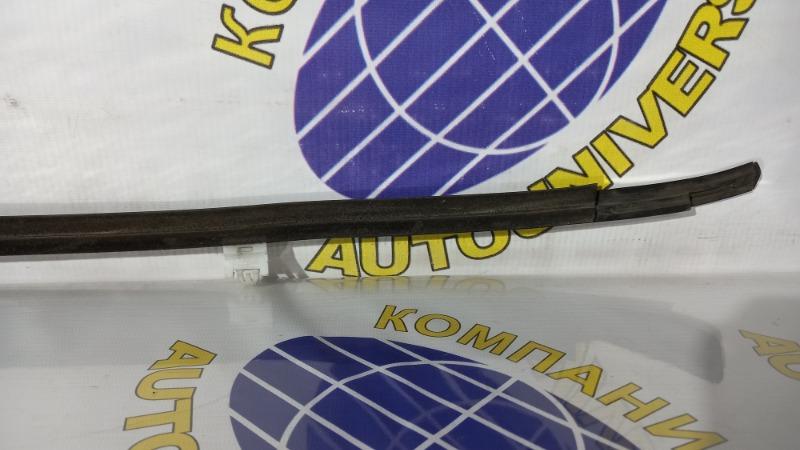 Молдинг двери задний правый Storia 2000 M101S K3