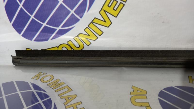 Молдинг двери задний левый YRV 2001 M201G K3