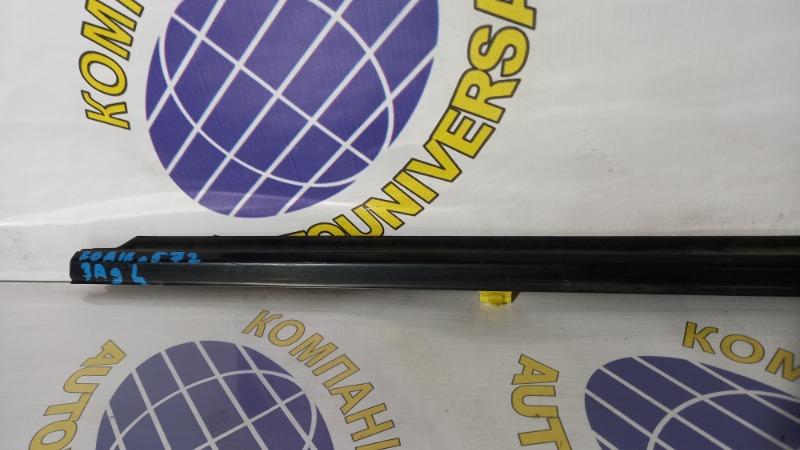 Молдинг двери задний левый Forester 2002 SG5 EJ205