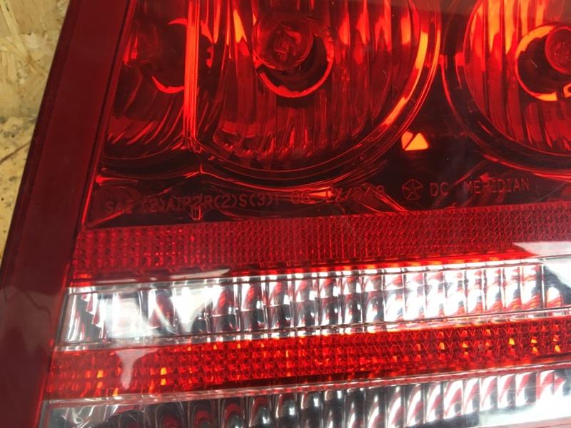 Фонарь задний правый Dodge Charger SRT-8 6.1