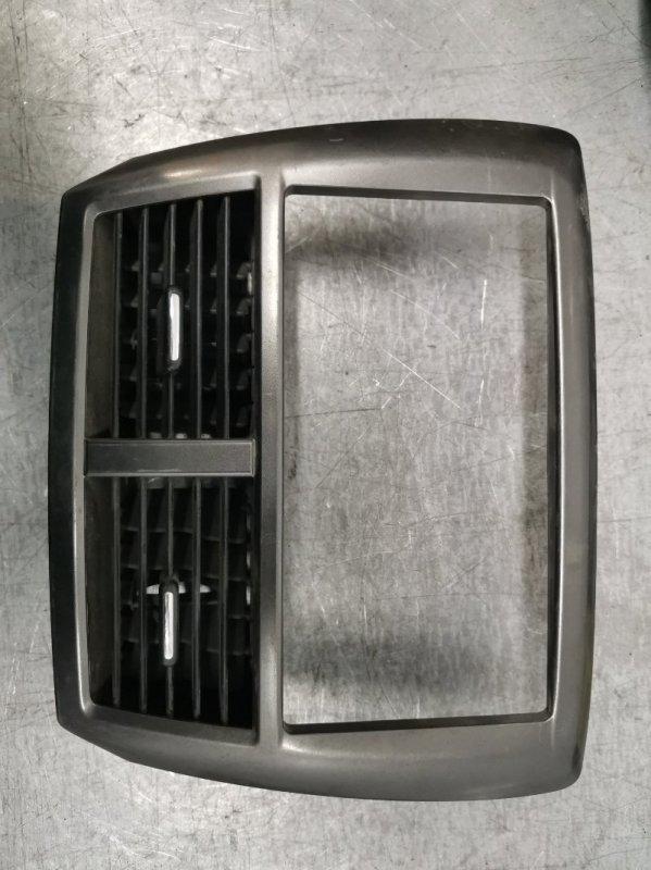 Рамка под магнитолу Subaru Forester 2008-2012 SH5 66065SC000 Б/У