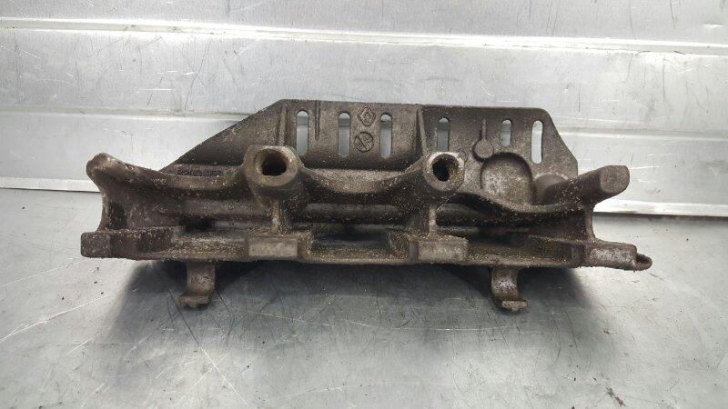 Защита топливной рампы Renault Symbol 2008-2012 LU01 K4M 175B19863R БУ