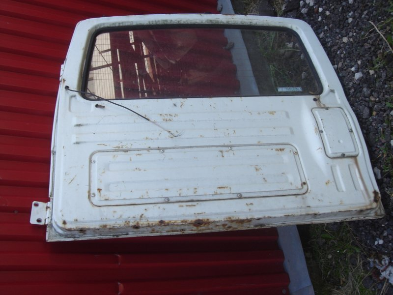 Крышка багажника задняя Suzuki Jimny 2