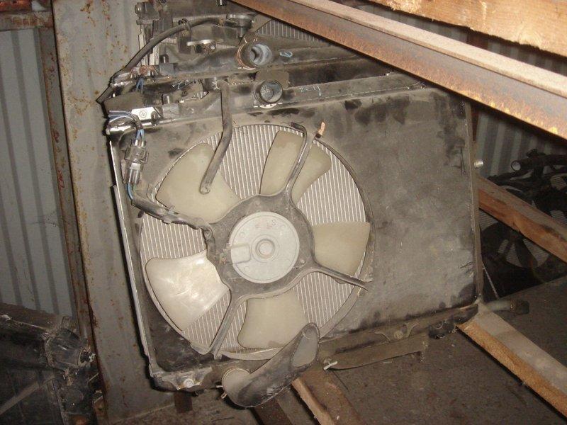 Радиатор ДВС Suzuki Swift 3 контрактная