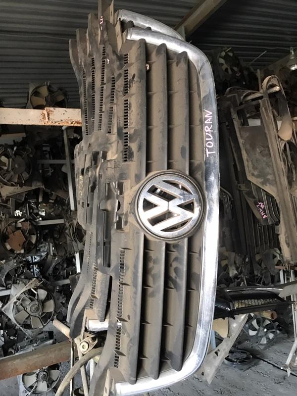 Решетка радиатора Volkswagen Touran 2005 1T1 контрактная