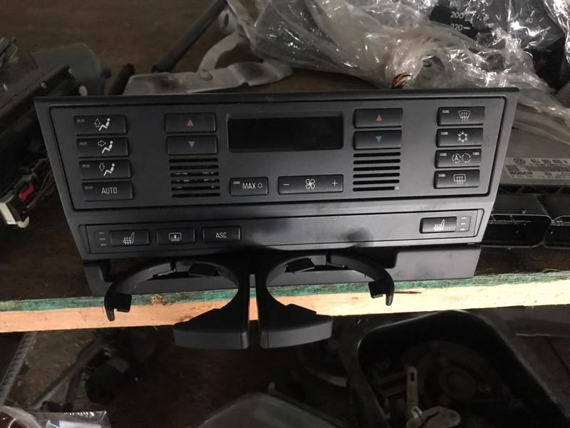 Блок управления климат-контролем BMW 2000 E46 контрактная