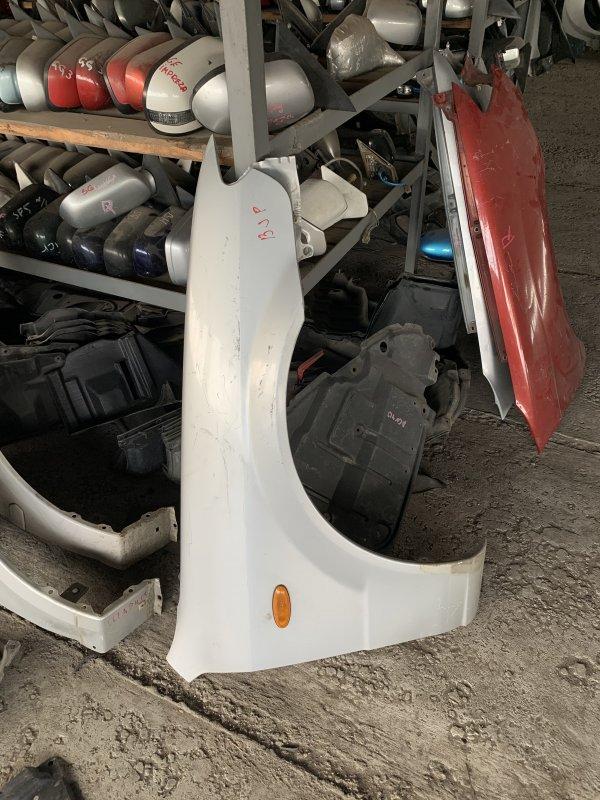 Крыло правое Mazda Familia BJ контрактная